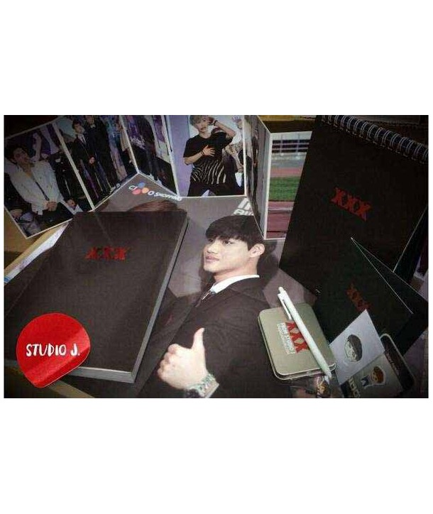 Studio J photobook & 2014 calendar 1st project 'xxx'